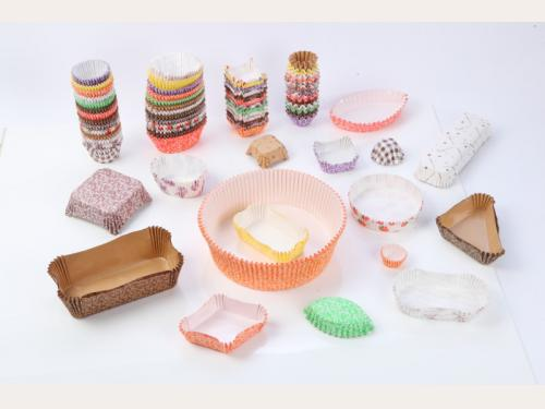 Baking paper cup (heat-resistant paper cup)